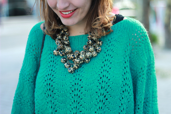 greensweater-necklace