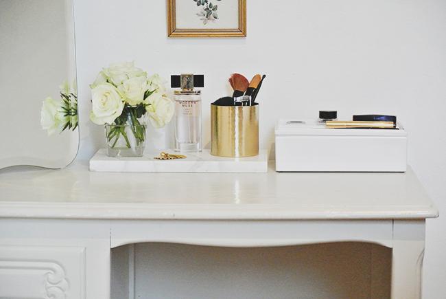 5 Tips to Style your Vanity Table via noglitternoglory.com