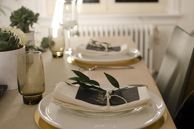 Neutral tablesetting in black, white and gold with succulents //  noglitternoglory.com
