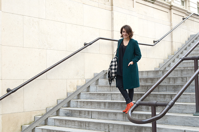Green coat, orange shoes via noglitternoglory.com