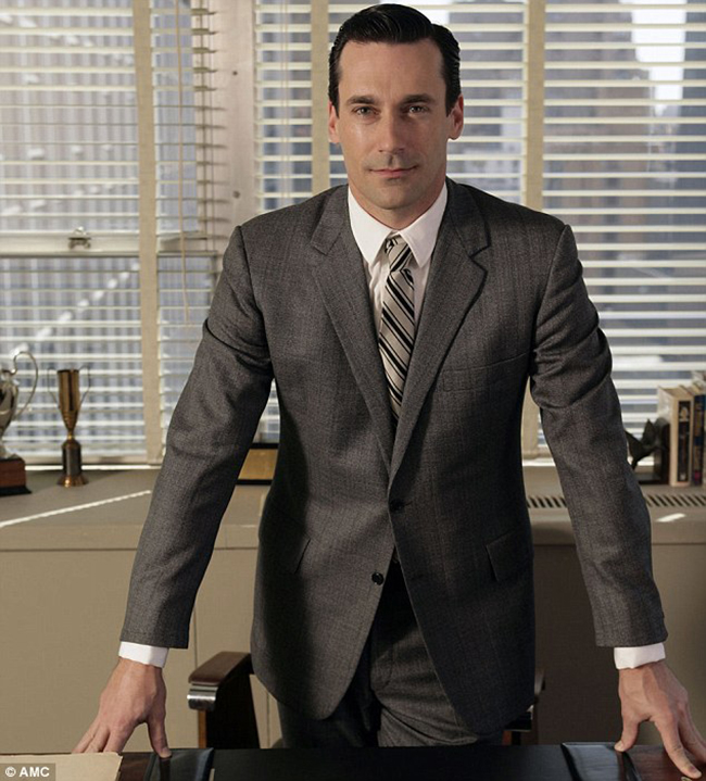 10 Iconic looks from 7 seasons of Mad Men