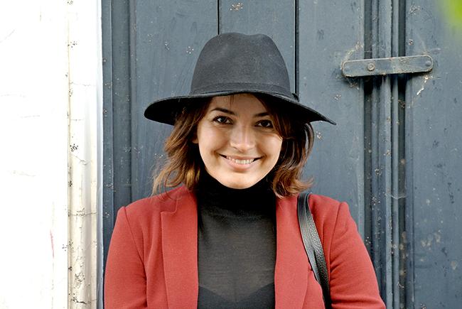 Burgundy red blazer and all black via noglitternoglory.com
