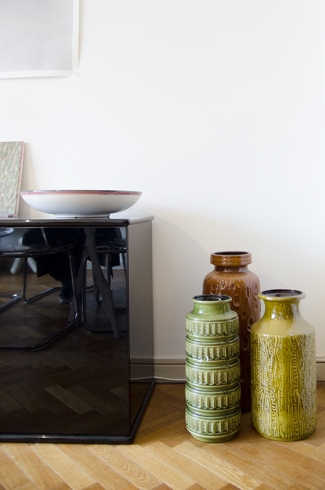 Nathalie and Michiel's Arty & Eclectic Apartment // vintage vases