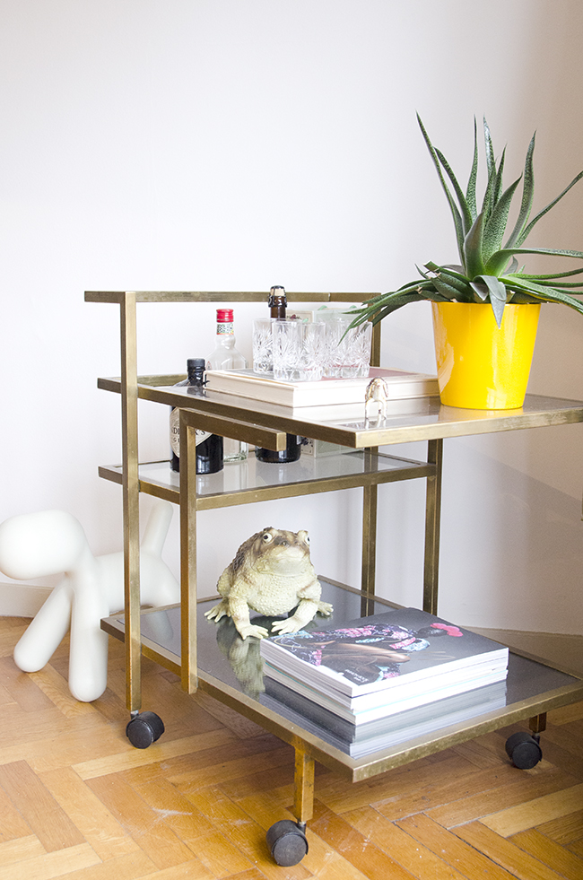 Nathalie and Michiel's Arty & Eclectic Apartment // Brass bar cart