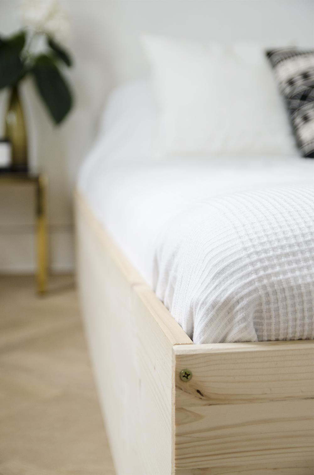 DIY Minimal Bedframe / No Glitter No Glory