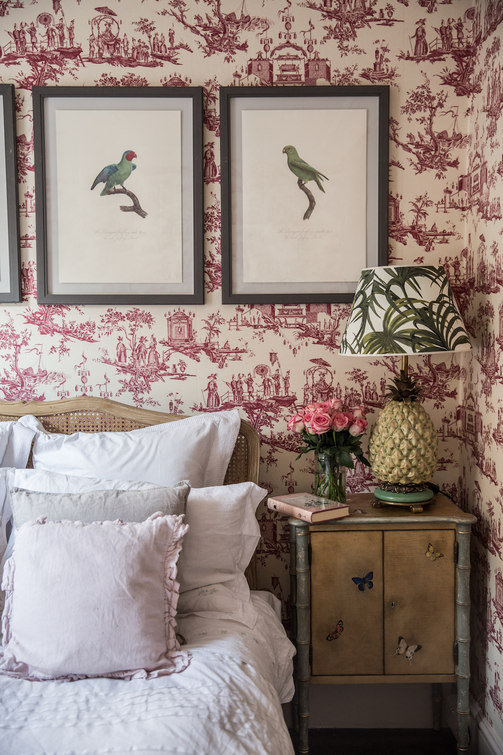 A Beautiful London home with Pink Hues via No Glitter No Glory