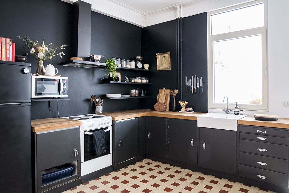 Home Renovation Black Kitchen Walls