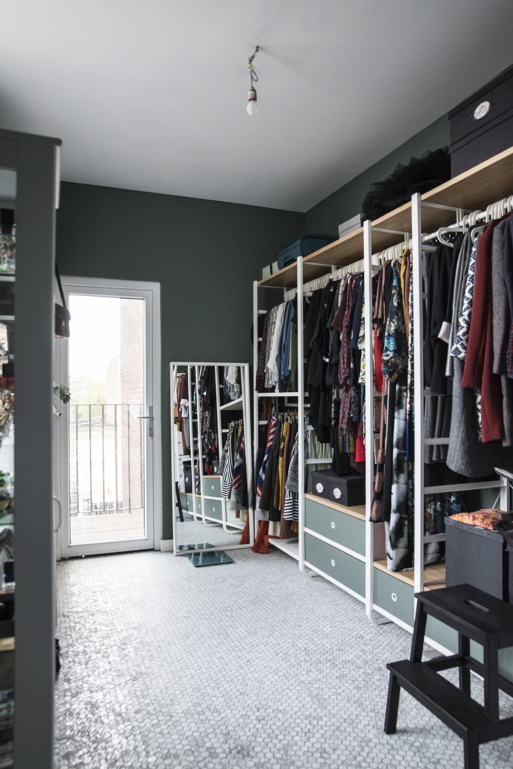 Green closet space // Farrow & Ball Green Smoke