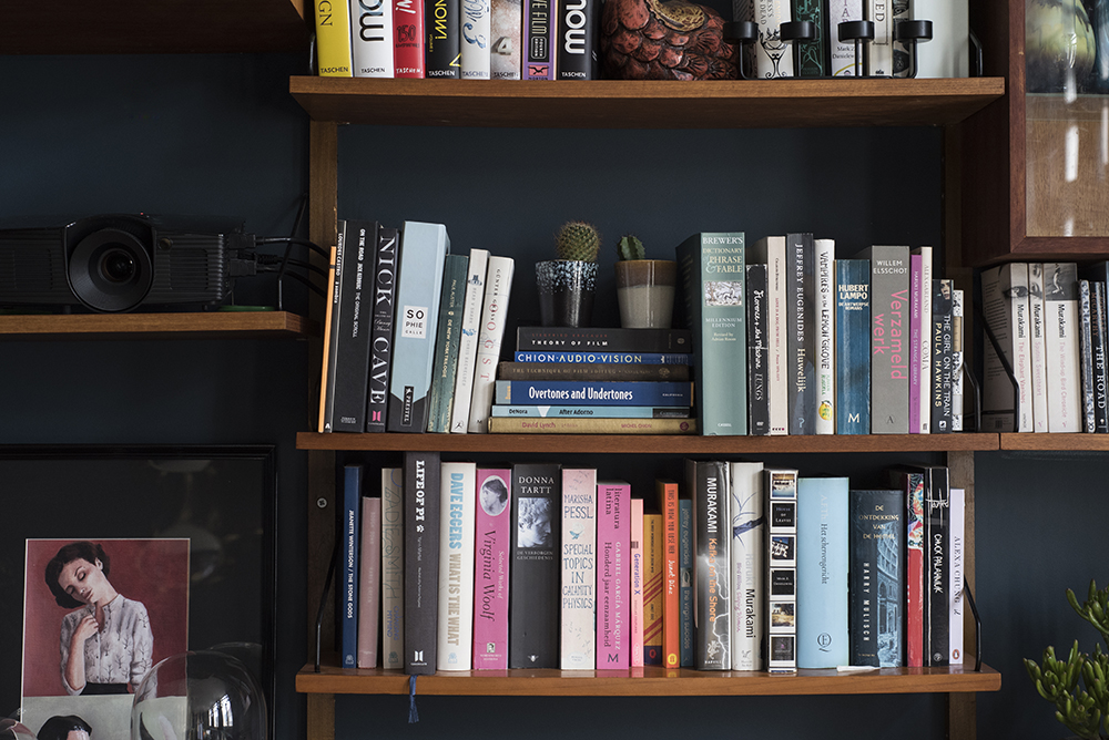 Sarah's Wonderful Moody Antwerp Abode //Styled cadovius bookshelf