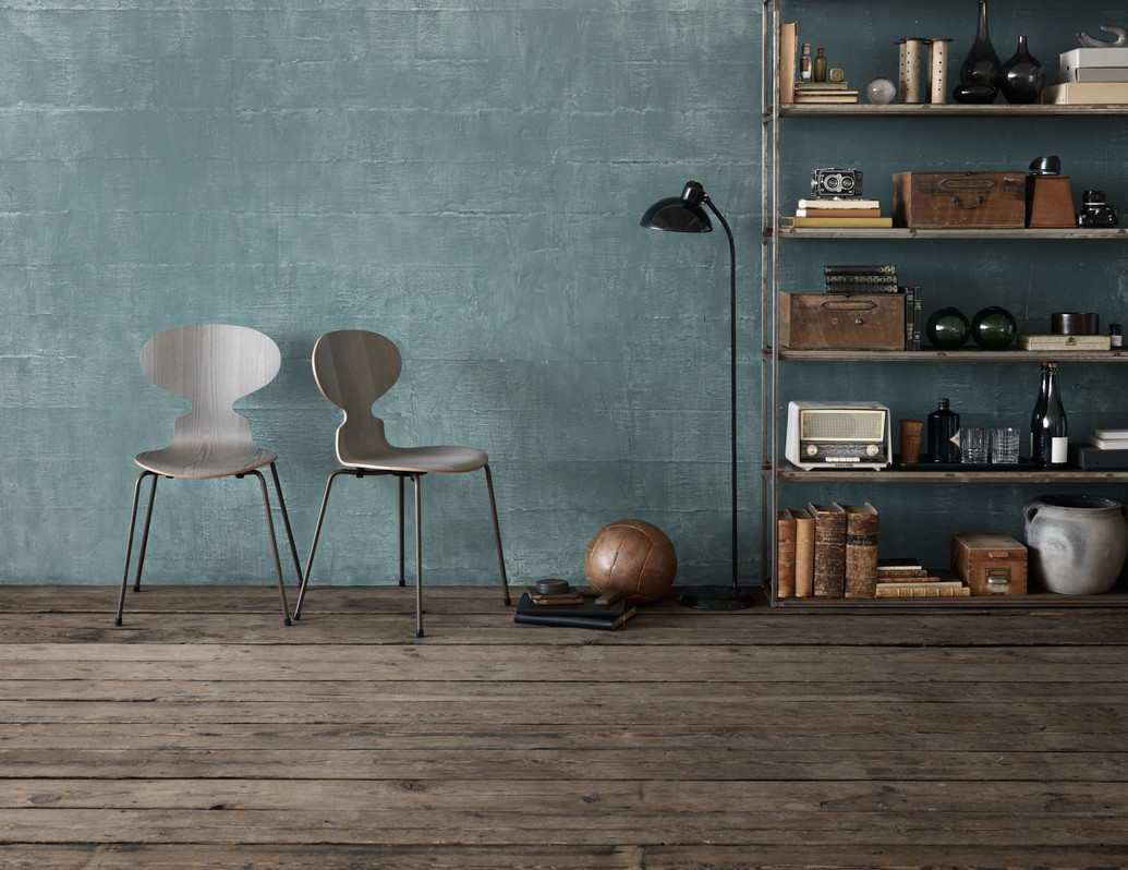 Designer profile Arne Jacobsen // Grey wood Ant chair - via noglitternoglory
